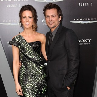 Kate Beckinsale, Len Wiseman in Los Angeles Premiere of Total Recall