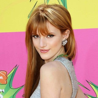 Bella Thorne in Nickelodeon's 26th Annual Kids' Choice Awards - Arrivals