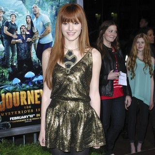 The Los Angeles Premiere of Journey 2: The Mysterious Island - Arrivals - bella-thorne-premiere-journey-2-the-mysterious-island-02