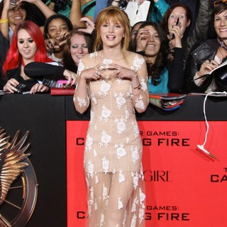 The Hunger Games: Catching Fire Premiere - bella-thorne-premiere-the-hunger-games-catching-fire-03