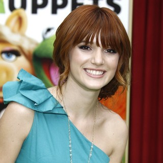 Bella Thorne in The Premiere of Walt Disney Pictures' The Muppets - Arrivals