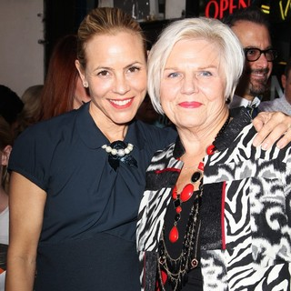 Maria Bello, Kathy Bello in Mariska Hargitay Honored on The Hollywood Walk of Fame