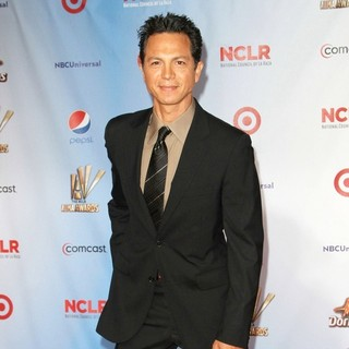 Benjamin Bratt in 2011 NCLR ALMA Awards - Arrivals