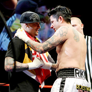 Benji Madden, Riki Rachtman in Benji Madden and Riki Rachtman Fight