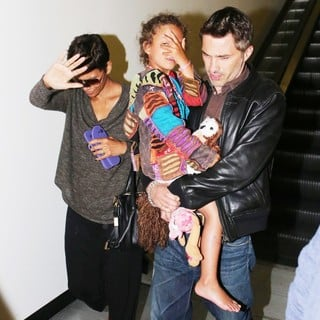 Halle Berry Arrives at LAX Airport with Olivier Martinez and Nahla Aubry - berry-aubry-martinez-arrives-at-lax-airport-01