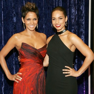 Halle Berry, Alicia Keys in BET Honors 2013: Red Carpet Presented by Pantene - Arrivals