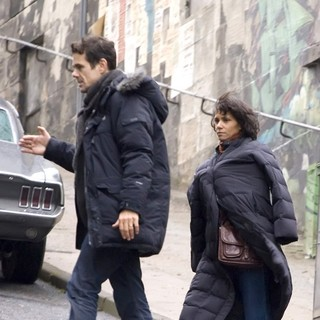 Tom Tykwer, Halle Berry in On The Film set of Cloud Atlas Shooting on Location in Glasgow