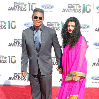 Jermaine Jackson, Halima Rashid in 2010 BET Awards