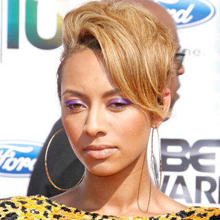 Keri Hilson in 2010 BET Awards
