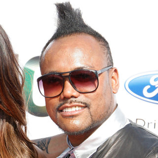 apl.de.ap in 2010 BET Awards