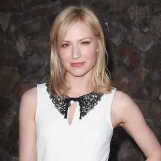 Beth Riesgraf in The 2012 Saturn Awards - beth-riesgraf-2012-saturn-awards-02