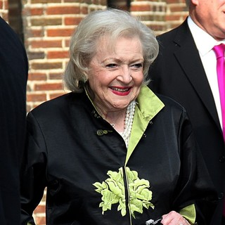 Betty White in Betty White Arrives at The Ed Sullivan Theater for The Late Show with David Letterman