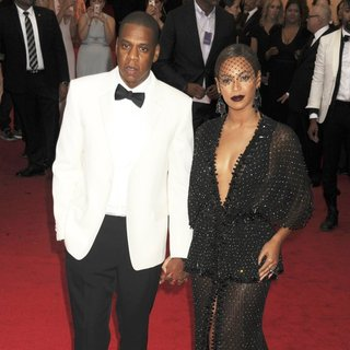 Jay-Z, Beyonce Knowles in Charles James: Beyond Fashion Costume Institute Gala - Arrivals
