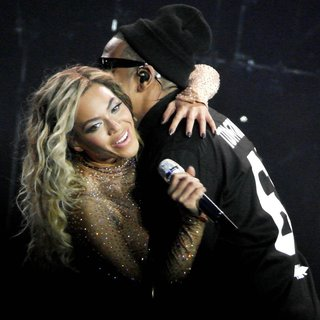 Beyonce Knowles, Jay-Z in Beyonce Performs Live in Concert During The Mrs. Carter Show World Tour