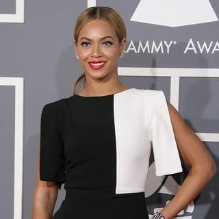 Beyonce Knowles in 55th Annual GRAMMY Awards - Arrivals