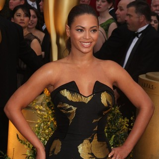 Beyonce Knowles in The 81st Annual Academy Awards (Oscars) - Arrivals