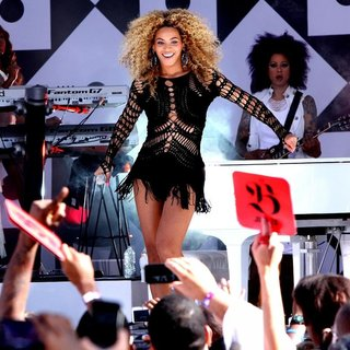 Beyonce Knowles - Burger King Presents The GMA Summer Concert Series