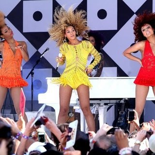 Beyonce Knowles in Burger King Presents The GMA Summer Concert Series