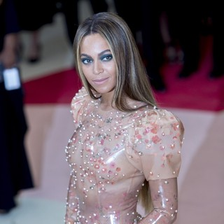 Beyonce Knowles - Manus x Machina: Fashion in An Age of Technology Costume Institute Gala
