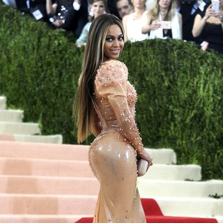 Beyonce Knowles in Manus x Machina: Fashion in An Age of Technology Costume Institute Gala