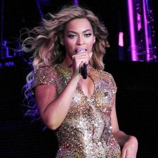 Beyonce Knowles - Beyonce Performs Live in Concert During The Mrs. Carter Show World Tour