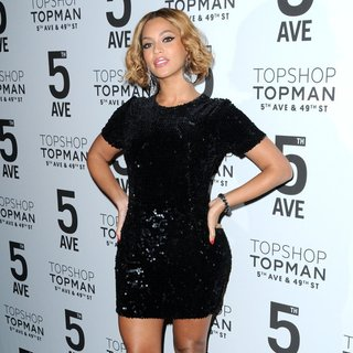 Beyonce Knowles - Topshop Topman New York City Flagship Opening - Red Carpet Arrivals