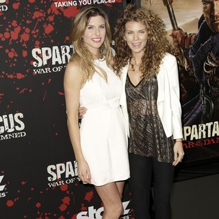 Viva Bianca in U.S. Premiere Screening of Spartacus: War of the Damned - bianca-mccord-premiere-spartacus-war-of-the-damned-04