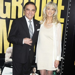 Tony Lo Bianco, Elizabeth Lo Bianco in Grudge Match New York Screening - Red Carpet Arrivals