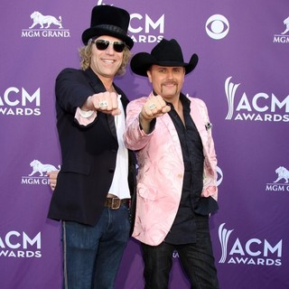 Big & Rich in 2012 ACM Awards - Arrivals