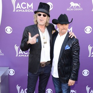 Big & Rich in 48th Annual ACM Awards - Arrivals - big-rich-48th-annual-acm-awards-01