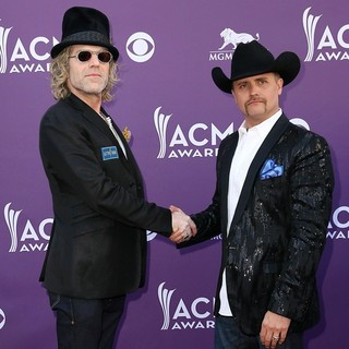 Big & Rich in 48th Annual ACM Awards - Arrivals