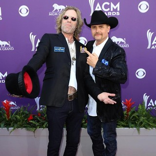 Big & Rich in 48th Annual ACM Awards - Arrivals - big-rich-48th-annual-acm-awards-08