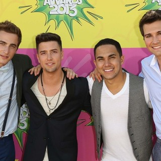 Big Time Rush in Nickelodeon's 26th Annual Kids' Choice Awards - Arrivals