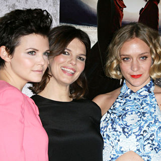 "Ginnifer Goodwin, Jeanne Tripplehorn, Chloe Sevigny in Los Angeles Premiere of The HBO Original Series ""Big Love"" Season 5"