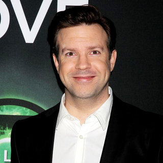Jason Sudeikis in Warner Brothers Pictures Presents 'The Big Picture 2011' Event - Arrivals