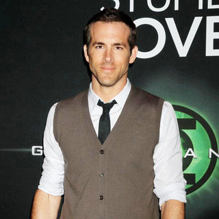 Ryan Reynolds in Warner Brothers Pictures Presents 'The Big Picture 2011' Event - Arrivals