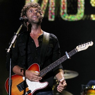 Billy Currington in 2010 CMA Music Festival Nightly Concerts - Day 3