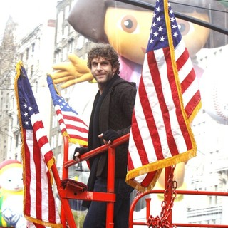 Billy Currington in The 83rd Annual Macy's Thanksgiving Parade - billy-currington-83rd-annual-macy-s-thanksgiving-parade-04