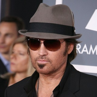 Billy Ray Cyrus in 54th Annual GRAMMY Awards - Arrivals - billy-ray-cyrus-54th-annual-grammy-awards-01