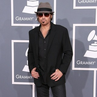 Billy Ray Cyrus in 54th Annual GRAMMY Awards - Arrivals - billy-ray-cyrus-54th-annual-grammy-awards-04