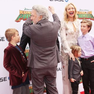 Thomas David Black, Dustin Hoffman, Kate Hudson, Bingham Hawn Bellamy, Ryder Robinson in World Premiere of Kung Fu Panda 3 - Arrivals