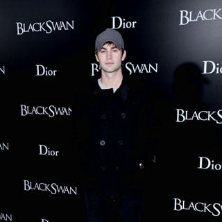 Chace Crawford in New York Premiere of 'Black Swan' - Arrivals
