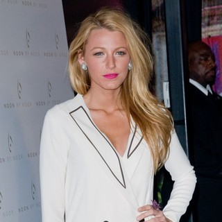 Blake Lively in Mercedes-Benz Fashion Week - Fall 2012 - Noon by Noor - Arrivals