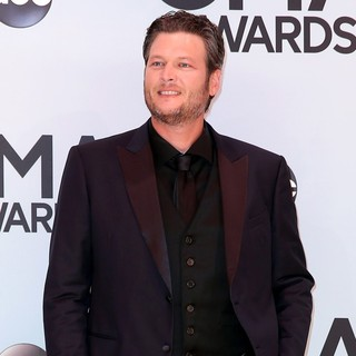 Blake Shelton in 47th Annual CMA Awards - Red Carpet