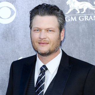 Blake Shelton in 49th Annual Academy of Country Music Awards - Arrivals