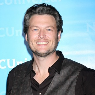 Blake Shelton in NBC Universal's Winter Tour Party - Arrivals