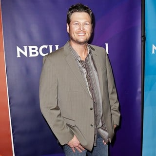 Blake Shelton in NBC Universal's 2013 Winter TCA Tour - Day 1 - blake-shelton-nbc-universal-s-2013-winter-tca-tour-day-1-02