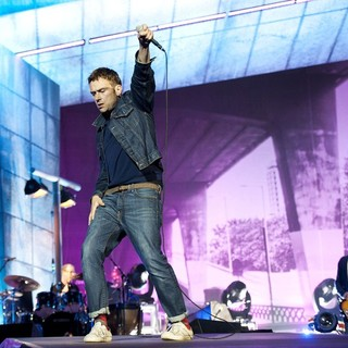 Dave Rowntree, Damon Albarn, Alex James, Blur in BT London Live - Performances
