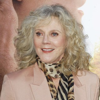 Blythe Danner in The Premiere of The Lucky One