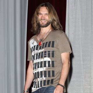Bo Bice in The 4th Annual Country Weekly Fashion Show and Concert